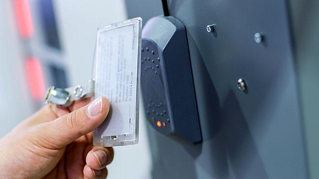 Anmeldung am Automaten per RFID